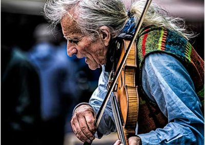 The fiddler Galway